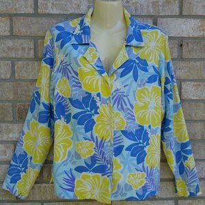 SIZE 8.LILLY PULITZER SILK Button Down Top